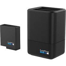 Зарядное устройство для экшн-камер GoPro Dual Battery Charger + Battery (AADBD-001-RU)