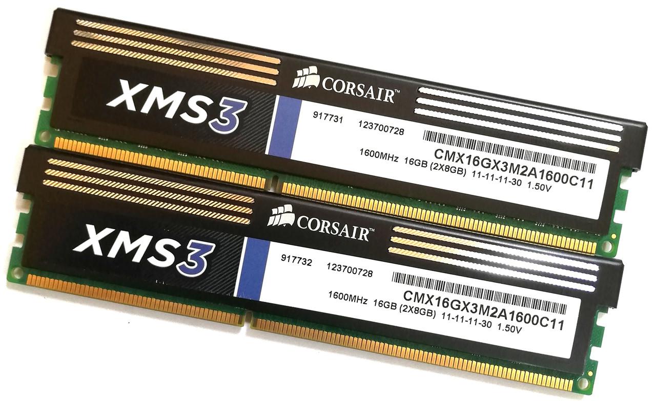Пара оперативной памяти Corsair DDR3 16Gb (8Gb+8Gb) 1600MHz PC3 12800U 2R8 CL11 (CMX16GX3M2A1600C11) Б/У
