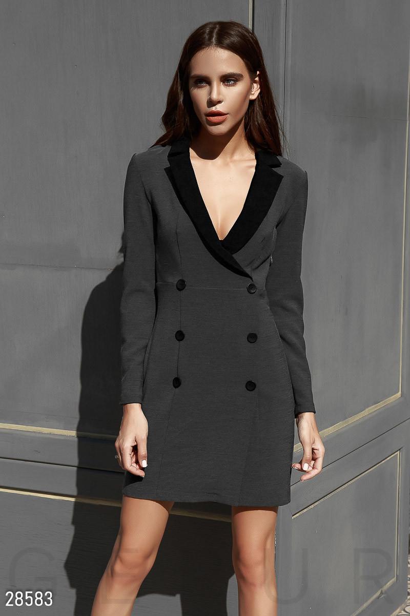 Платье-пиджак облегающего кроя