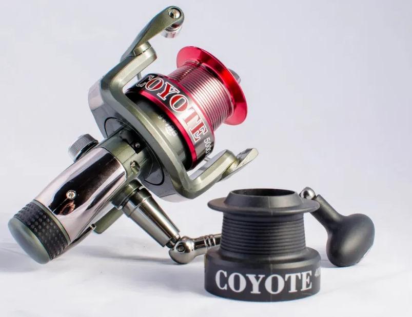 Катушка Bratfishing Coyote Baitrunner 3000 6+1 ВВ