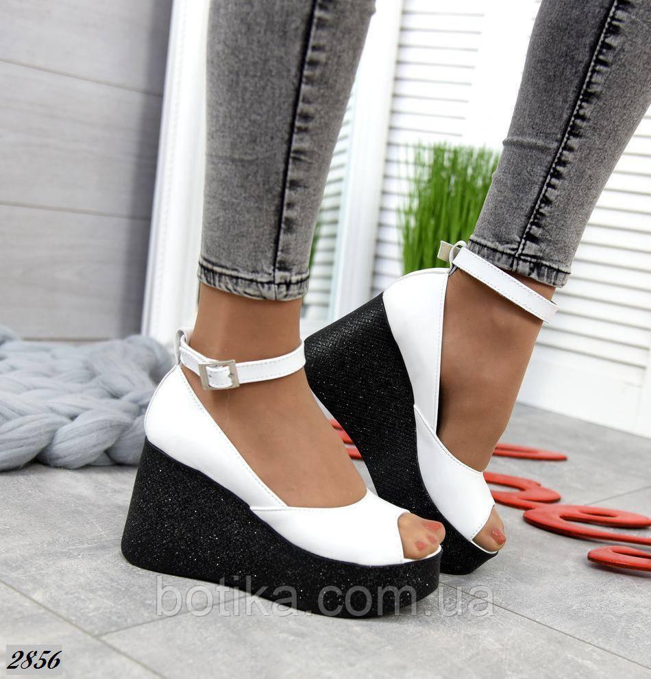 Изящные женские босоножки на платформе открытые туфли
