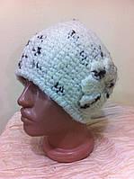 стильная  молодежная шапка с оригинальным дизайном  цвет - молоко +  коричневый