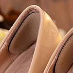 Что делать, если натирает обувь на пятках?