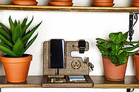 Подставка для телефона / часов / кошелька / из дерева дуб с гравировкой