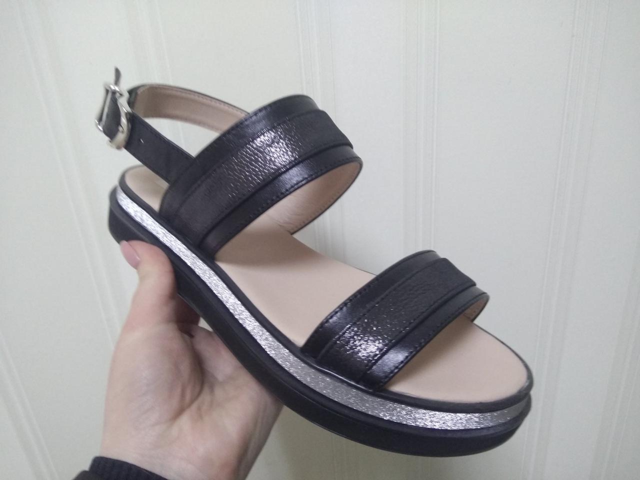 Женские кожаные босоножки сандалии шлепки TIFFANY