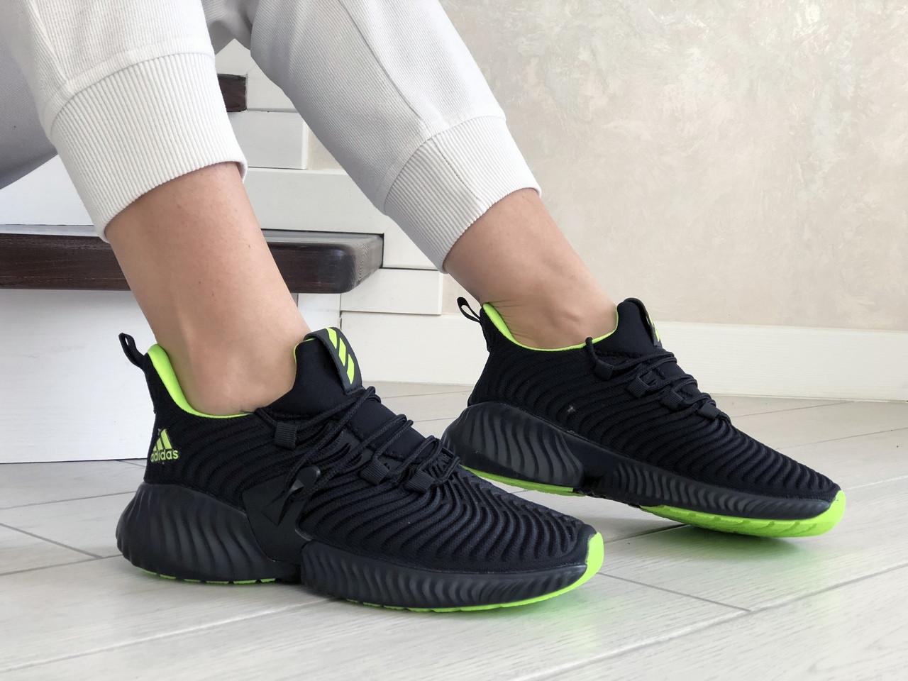 Кроссовки женские Adidas Alphabounce черные с салатовым