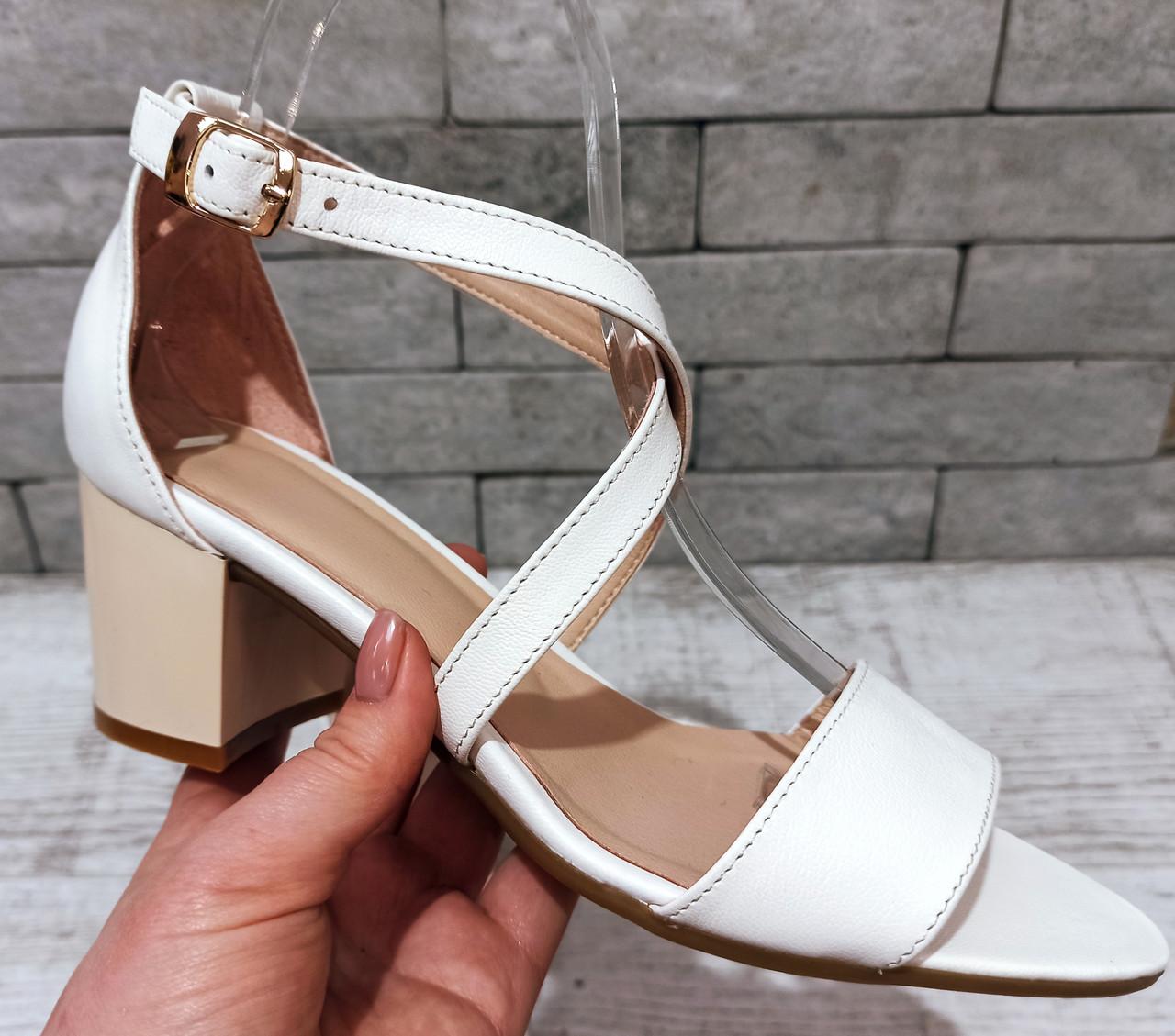 Жіночі шкіряні балетки туфлі, босоніжки, сандалі шльопанці сліпони TIFFANY