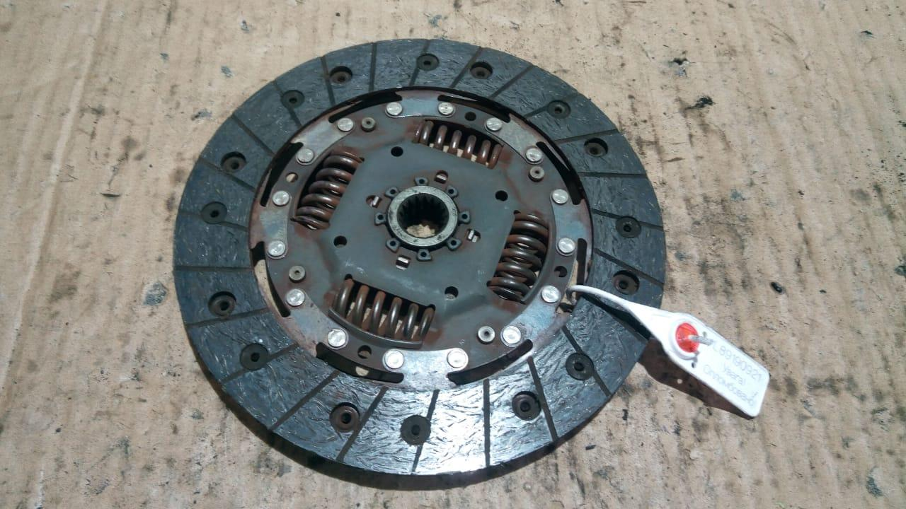 Диск сцепления 2301A045, A1352500503, 89190921 Colt CZ 3 Mitsubishi