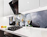 Кухонный фартук Белые орхидеи Роса Камни (наклейка виниловая, скинали для кухни, самоклеющаяся пленка) цветы серый, 600*3000 мм
