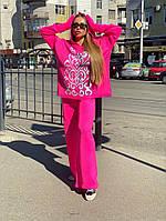 Малиновый женский костюм oversize