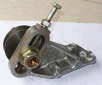 Натяжное устройство ремня компрессора  236-3509300-А3 двигателя ЯМЗ 236,ЯМЗ-236М2