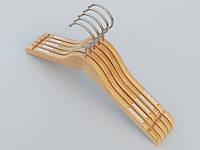 Плечики длиной 38 см. Алюминиевый крючок. Светлые деревянные,   в упаковке 5 штук