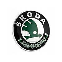 Эмблема решетки радиатора Skoda Octavia A5 2004-2012, Superb 2001-2008, Fabia, Roomster 2007-2014, Yeti 2010-2013 зеленая | VAG 3U0853621BMEL