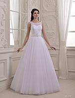 Удивительное свадебное платье с V-образным вырезом на спинке и очаровательным бантом