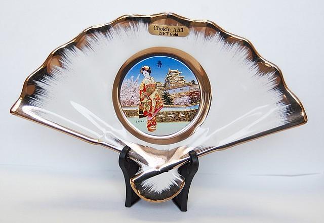 Сувенирный веер «Майко и дворец императора»