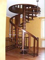 Деревянные лестницы в дом из массива