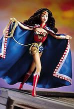 Коллекционная кукла Барби Чудо-Женщина 1999