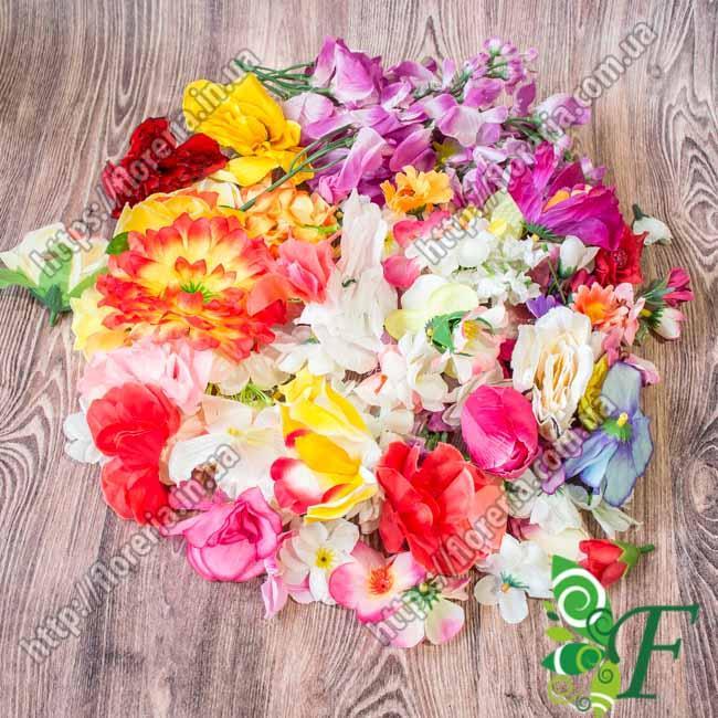 Набор цветочных головок на фото