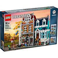 Блочный конструктор LEGO Книжный магазин (10270)