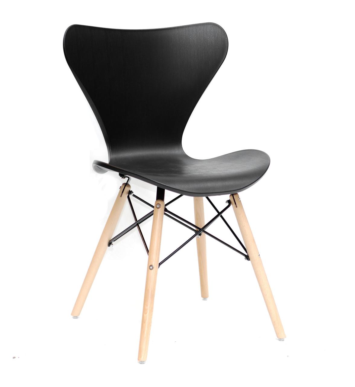 Обеденный стул Макс черный пластик на буковых ножках