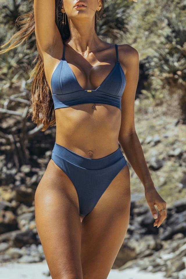 женский купальник бикини