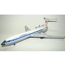 Модель самолёта Ту-154м СССР