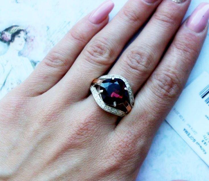 Перстень з великим камінням Сваровські і цирконами Богема