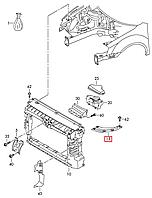 Окуляр фары левой (крепление метал над фарой), распорка VW Passat B7 USA 2011-2015     561805931