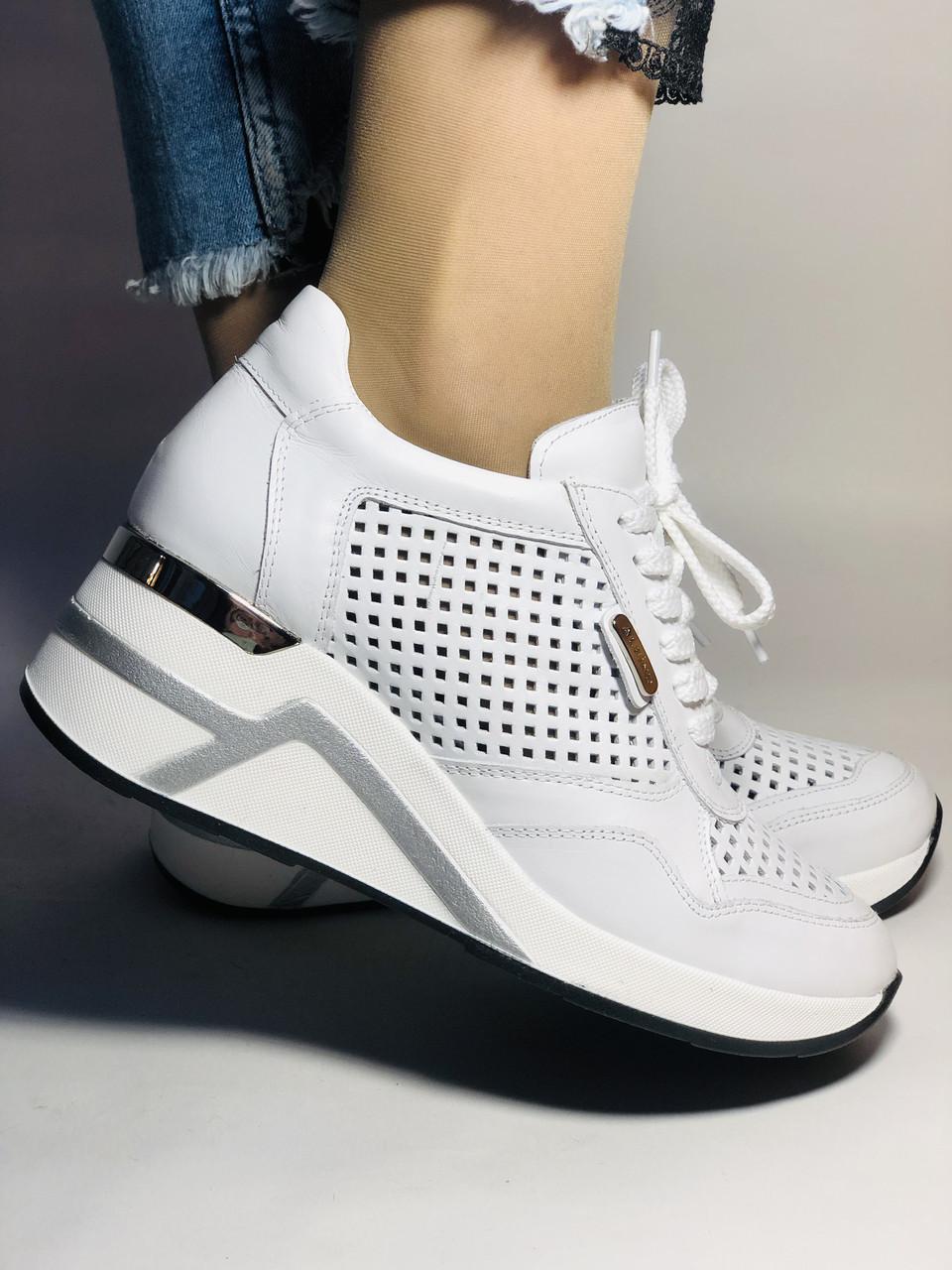 Туреччина.Alpino Жіночі кеди-білі кросівки на платформі.Натуральна шкіра. Розмір 36,37,38,39,40