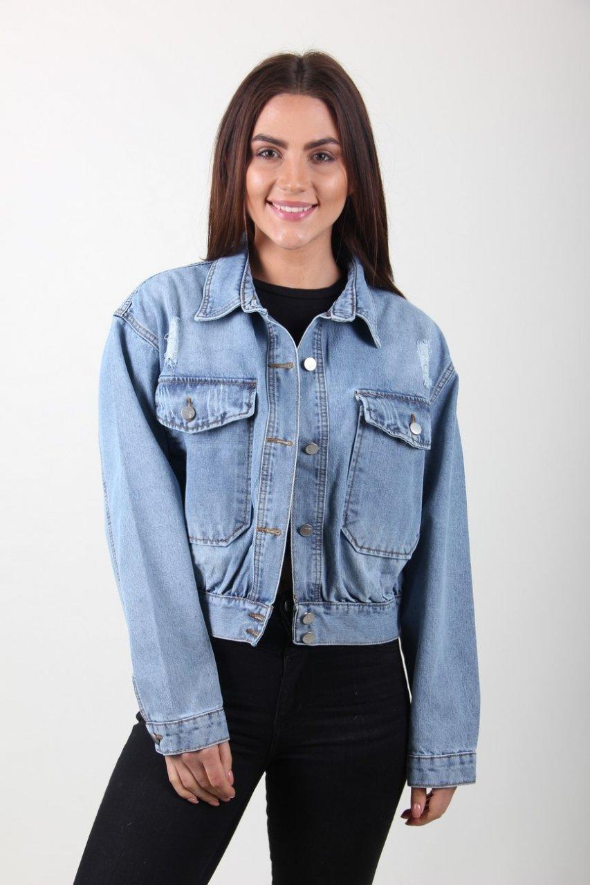 Стильная короткая курточка джинс на пуговицах