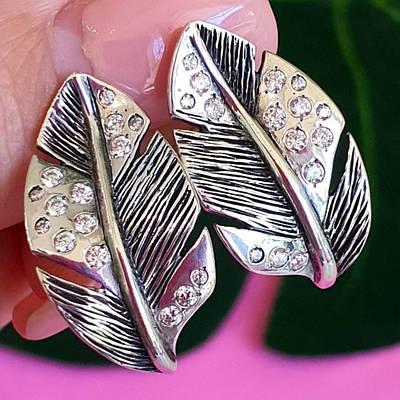 Жіночі срібні сережки Перо - Сережки зі срібла Пір'ячко