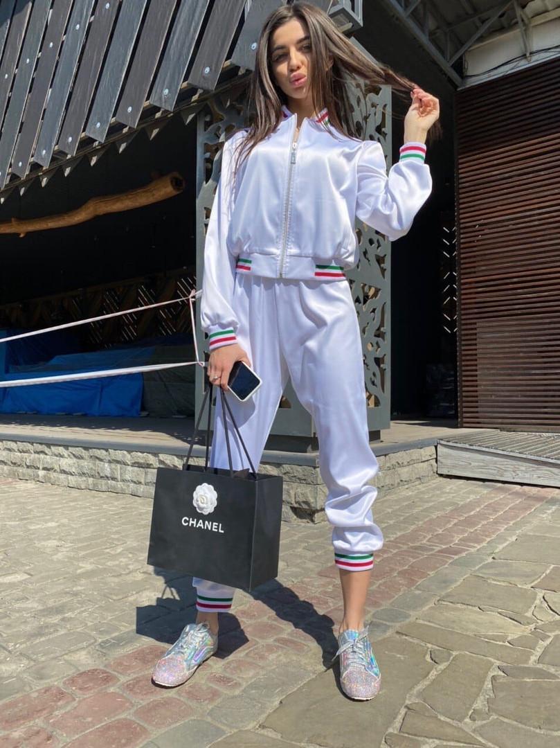 Женский спортивный костюм из атласа с довязами и мастеркой на молнии 7105891
