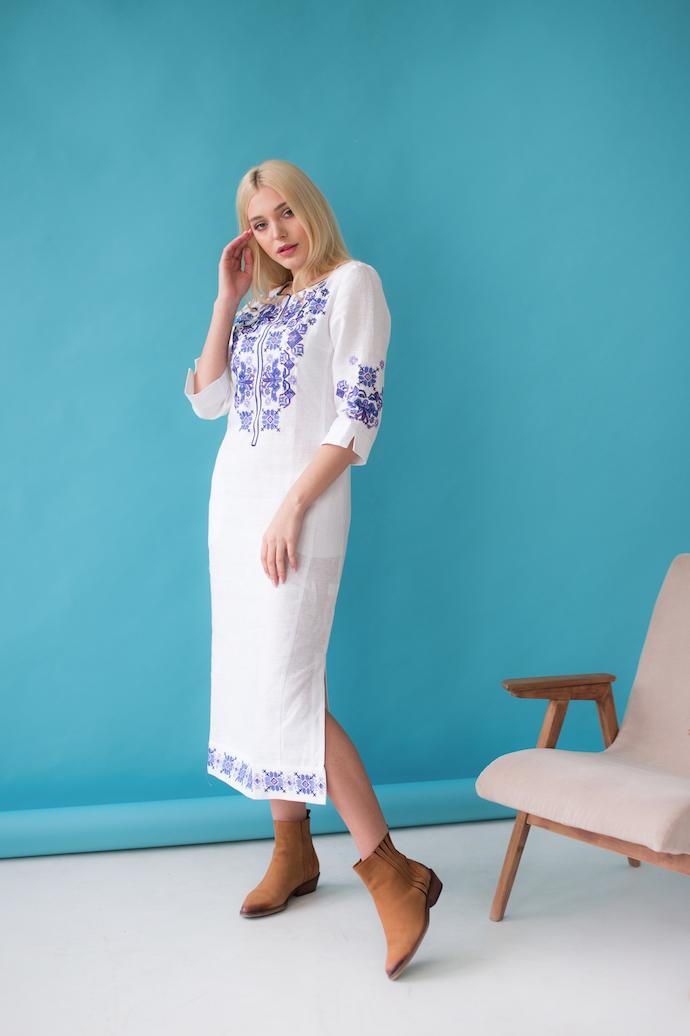 Женское платье с орнаментом Ровена белая