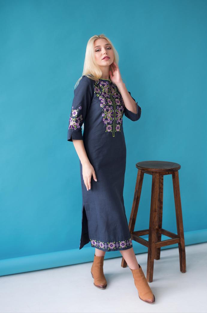Женское платье вышиванка Ровена синяя