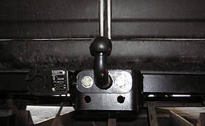 Фаркоп NISSAN NV400 L = 4680, 2 цв., Бампер с подножкой 2010- Тип F (съемный крюк)