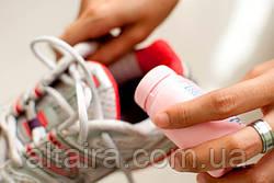 Як прибрати запах із взуття.