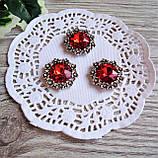 Металлический декор красный кристалл в серебряном ободке из цветов 2.3 см, фото 3
