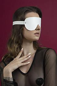 Маска закрытая Feral Fillings - Blindfold Mask белая