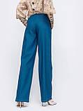 Стильные брюки-клеш в синем цвете, фото 2