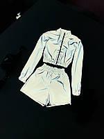 Женский костюм из светоотражающей плащевки с шортами и укороченым бомбером 66KO600E