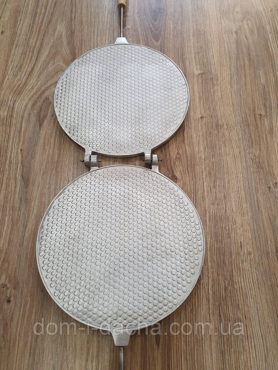 Вафельница круглая диаметр 21 см