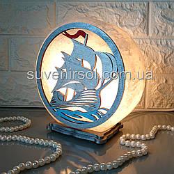 Соляной светильник круглый Парусник белый цветной