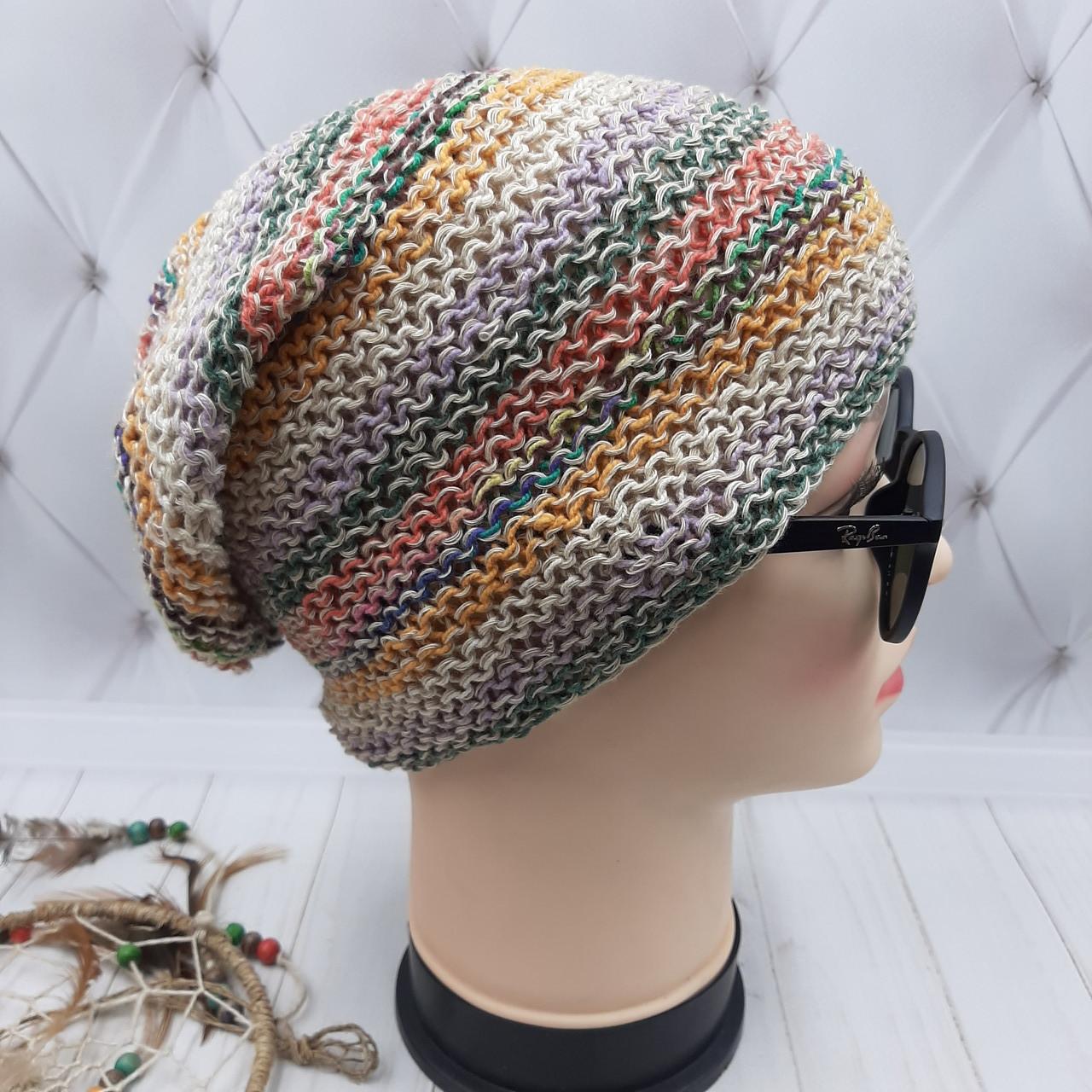 Вязаная шапочка  из Непала ручной работы унисекс, в цветную полоску.