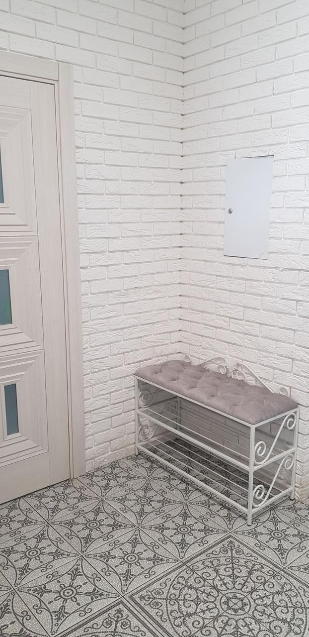 """Банкетка для обуви """"АртКовка"""", кованая обувница с мягким сиденьем"""