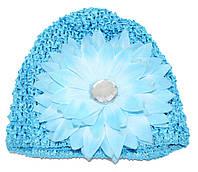 """Детская ажурная шапочка """"крупный цветок с камнем"""" - голубая"""