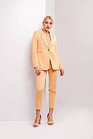 Молодежный весенне-летний женский костюм брючный персикового цвета
