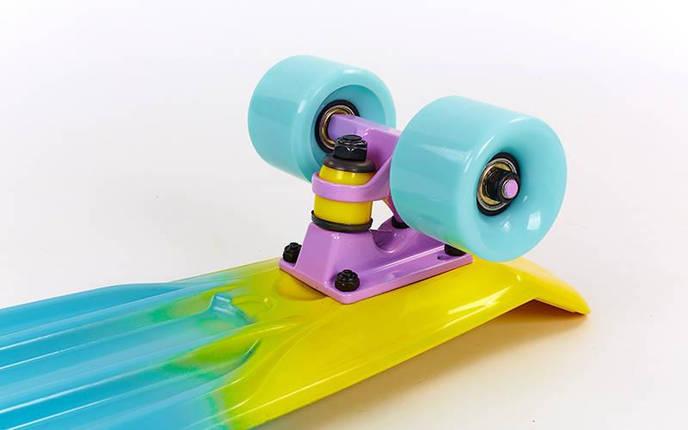 Скейтборд пластиковый Penny FISH COLOR 22in полосатая дека SK-402-7 (фиолетовый-голубой-желт), фото 2
