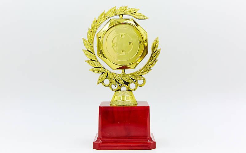 Награда (приз) спортивная с местом под жетон C-LC04 (пластик, h-17,5см, b-9,5см, золото)