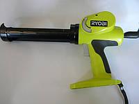 Аккумуляторный пистолет для герметика RYOBI CCG-1801