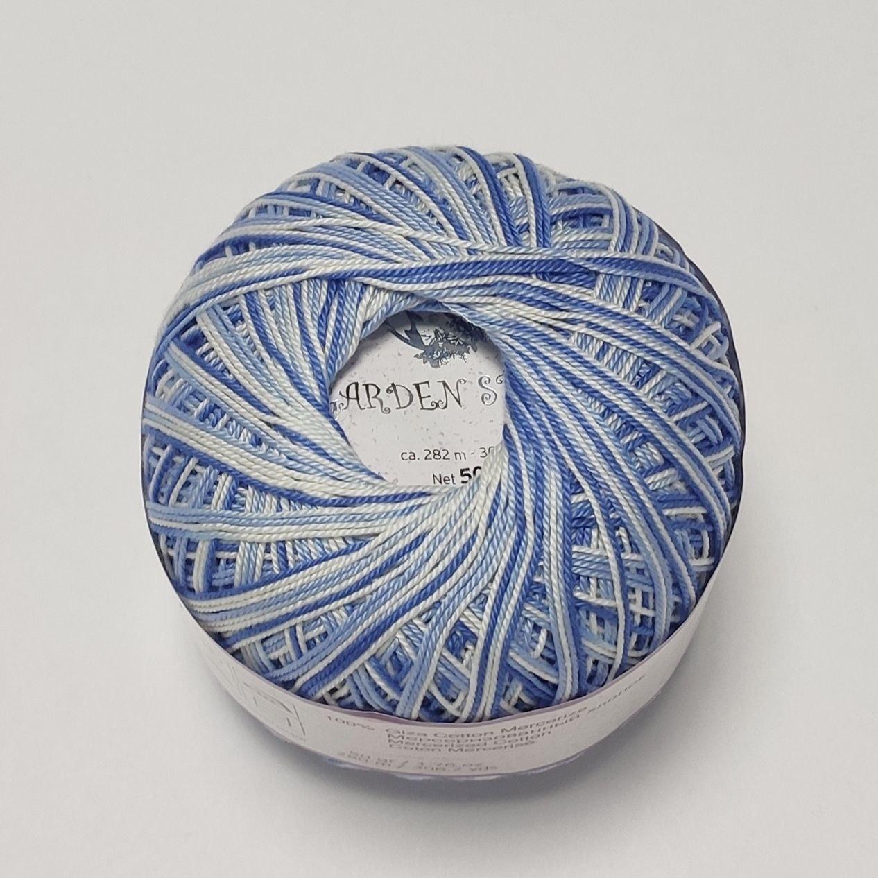 Бавовняна пряжа Garden Nazli Gelin Назлі Гелин Гарден, різні кольори, меланж синьо-білий